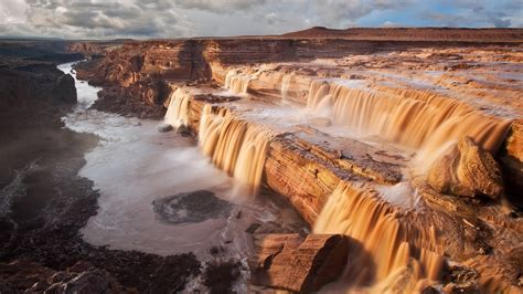 Grande Fall grand falls arizona directions hikes and information