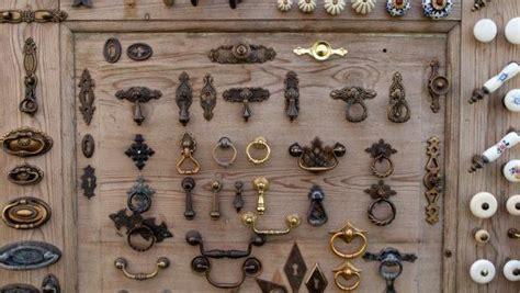 pulizia mobili antichi pulizia accessori mobili antichi