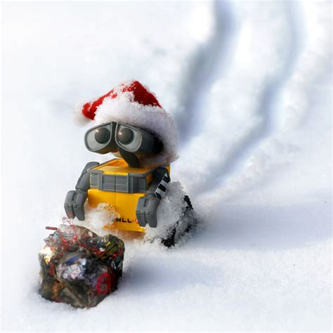 merry christmas wall e by brrrgrrr