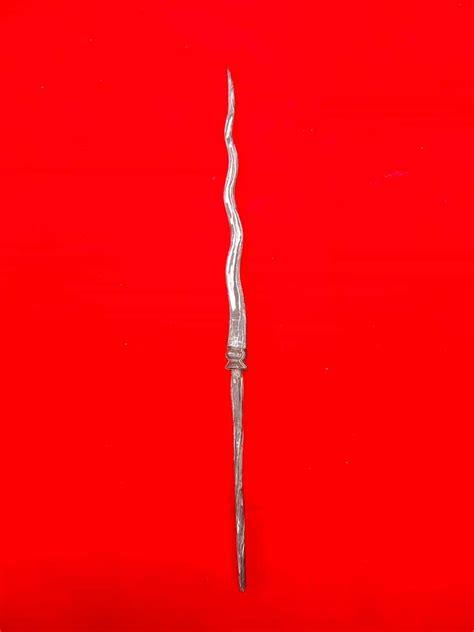 Cacing Kanil tombak cacing kanil luk 7 pusaka dunia