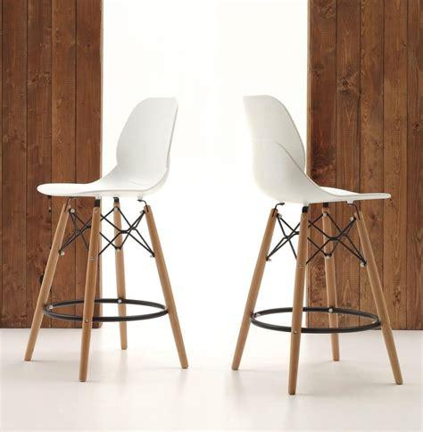 sgabelli cucina in legno sgabello da cucina gambe in legno e seduta in
