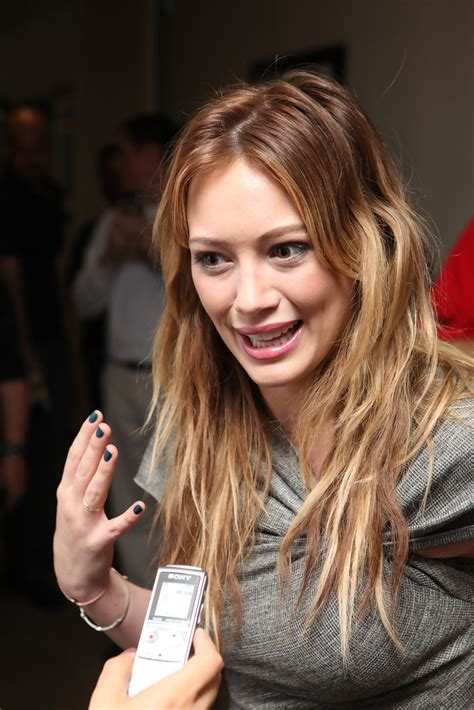 tattoo duff chords more pics of hilary duff lettering tattoo 1 of 36