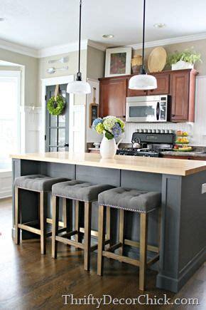 Diy Kitchen Island With Stools by Best 25 Kitchen Island Stools Ideas On Island