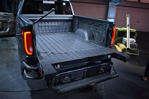 2019 Gmc 2500 Tailgate by 2019 Gmc Denali Tailgate Commercial Gmc