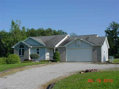50 Ln 205a Jimmerson Lk Angola Indiana 46703 Reo Home Details Reo Properties And