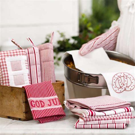 Teh Bandulan By H O W Kitchen sooti swedish textiles