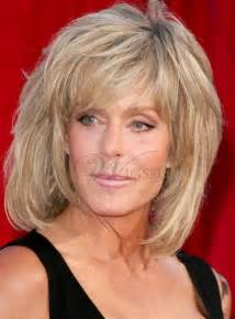 medium length easy wash and wear hairstyles hot sale inexpensive farrah fawcett fluffy hairstyle