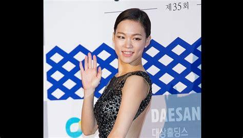 Film Blue Korea Selatan Youtube | aktris cantik korea di blue dragon film awards foto tempo co