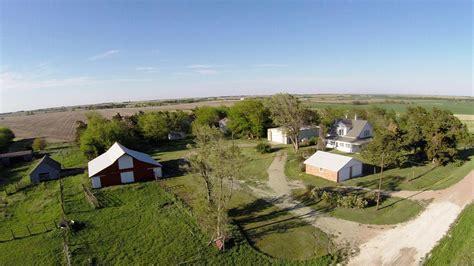 Farmhouse, Buildings and Pond Smith County KS Real