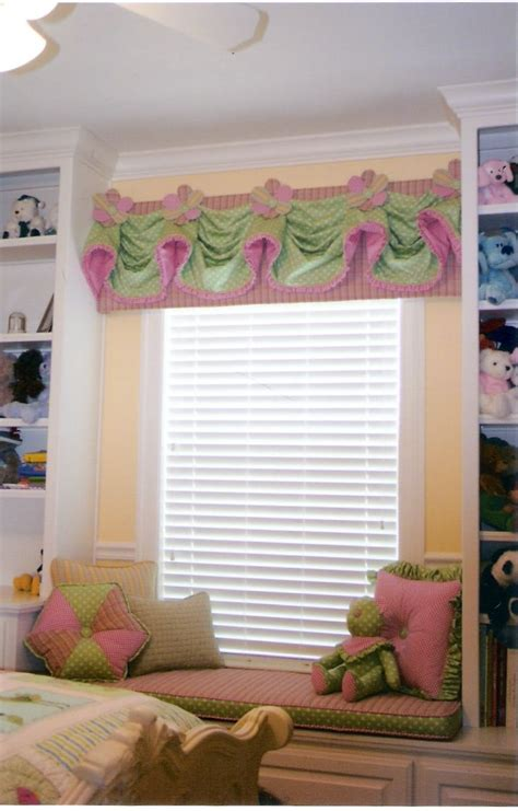 cute drapes 22 best images about window treatments on pinterest