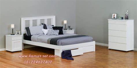 Tempat Tidur Cantik tempat tidur simpel cantik minimalis ksr 148 kamar set kamar set