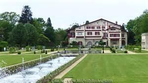 la villa arnaga de edmond rostand au pays basque