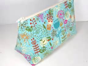 easy cosmetics bag pattern so sew easy
