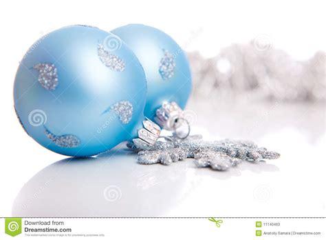 Verzichtserklärung Blau De Vorlage Blaue Weihnachtskugeln Stockbild Bild Rund Funkeln 11140463