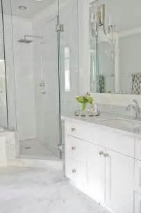 Light Grey Bathroom Tiles Designs Going For This Look Light Grey Floor Tiles White Vanity Quartz Countertop White Stacked Wall