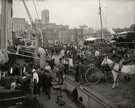 boat slip new york city vintage photographs of the lower manhattan banana docks