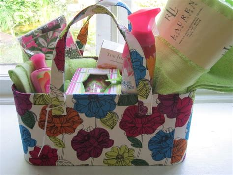 gift baskets for college students 17 best ideas about college gift baskets on