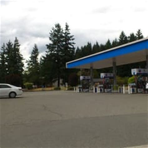 coquihalla chevron town pantry gas stations 587