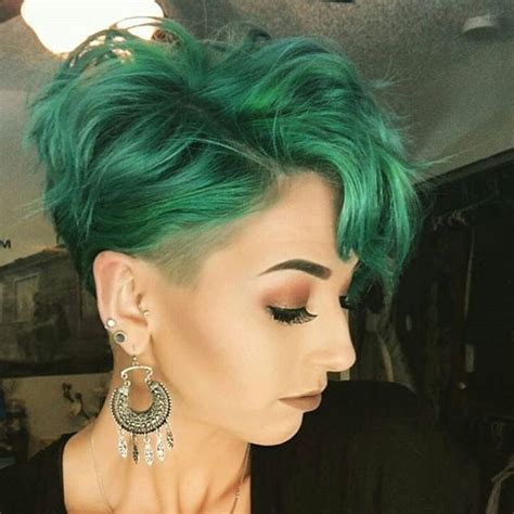 direction on to hairstyle your pixie best 25 dyed pixie cut ideas on pinterest funky pixie