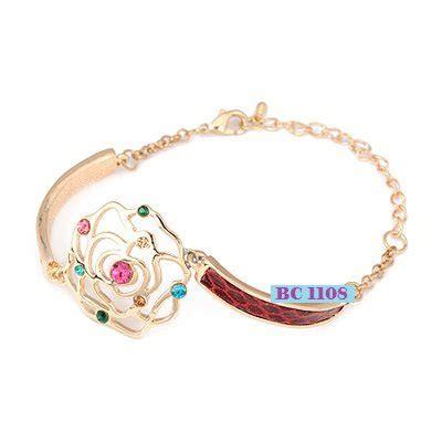 Perhiasan Gelang Kaki Wanita Rantai Cantik Lapis Emas Putih Pm11p Be gambar gelang perhiasan emas aksesoris wanita kalung cincin perak gelang kaki
