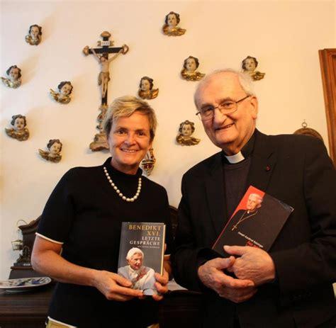 wann wurde papst benedikt gewählt gloria thurn und taxis bei benedikt wurde das haar