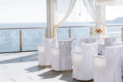 wedding decor arches columns   special service