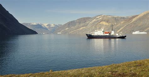 the polar adventures of a rich american dame a of louise arner boyd books spitsbergen odyssey expedition cruise specialists