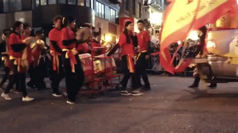 ktvu 2 new year parade new year parade gif find on giphy