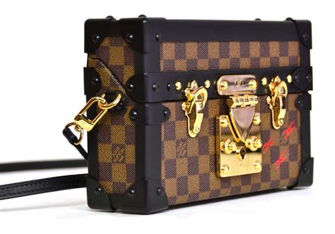 louis vuitton petite malle trunk bag reference guide