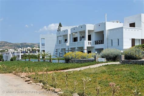 Crete Appartments by Pictures Of Greece East Crete 0040 Appartments At Sissi