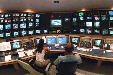 salas de control sala de control de una tv edici 243 n impresa el pa 205 s