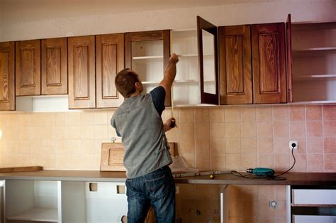 kitchen cabinets installation how to install kitchen cabinets