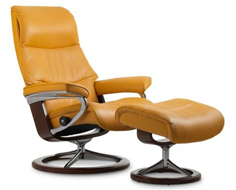 stressless poltrone stressless view signature base recliner and ottoman by