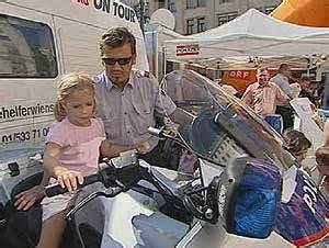 Motorrad Führerschein Nachmachen österreich by Feuerspiele F 252 R Kinder Am Hof Oesterreich Orf At