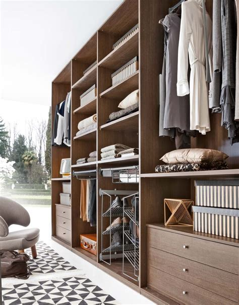 mobili armadio zg mobili armadio cabina amrmadio a spalla moderno