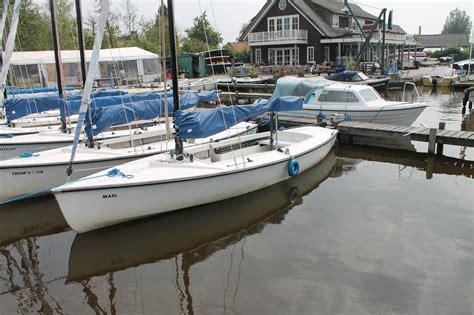 loosdrecht zeilboot valk open zeilboot loosdrecht botentehuur nl