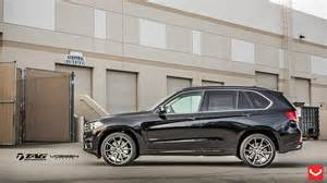 bmw x5 on vossen wheels photoshoot