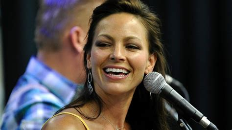 who died this month march 2016 joey martin feek september 9 1975 march 4 2016