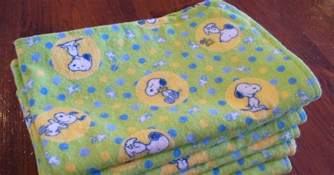 Make Handmade Burp Cloths - make it from scratch and easy handmade burp cloths