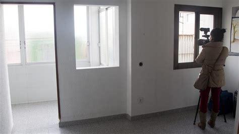 pisos sareb sareb pone a la venta 370 viviendas en catalunya desde 27