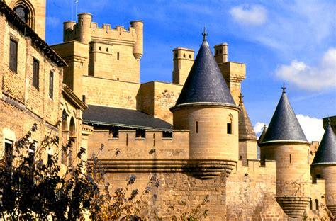 castillos y fortalezas de 8430555269 castillo palacio real de olite cultura museos en navarra