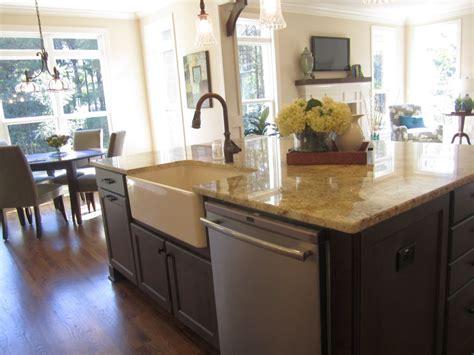 20 Elegant Designs Of Kitchen Island With Sink | 20 elegant designs of kitchen island with sink