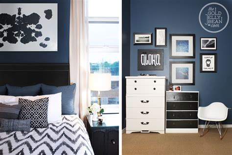 Navy Blue Bedroom Walls by Design Trends Seeing Blue The Gold Jellybean