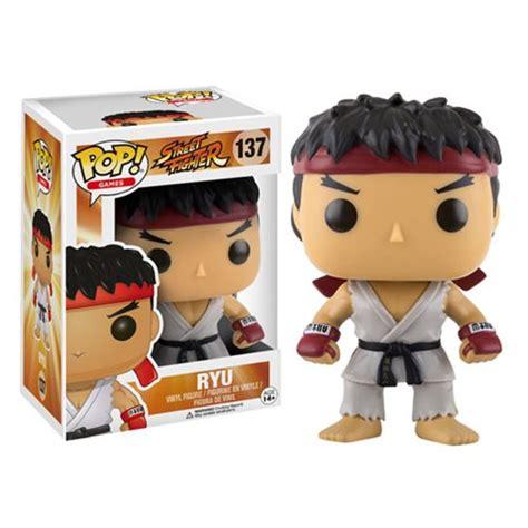 Funko Pop Ryu Fighter fighter ryu pop vinyl figure funko fighter pop vinyl figures at