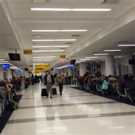 united airlines baggage claim phone number jfk jfk airport terminal 4 151 photos 272 reviews