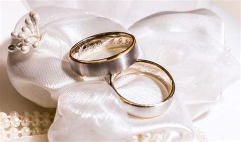 Wedding Bands Engraving Ideas by Top Six Engraving Ideas For Your Engagement Wedding Rings