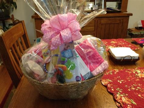 Things To Put In A Baby Shower Gift Basket by 1000 Images About Gift Giving On Gift Baskets