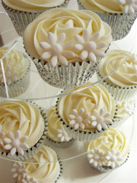 Wedding Cupcakes by Beautiful Bridal January 2013
