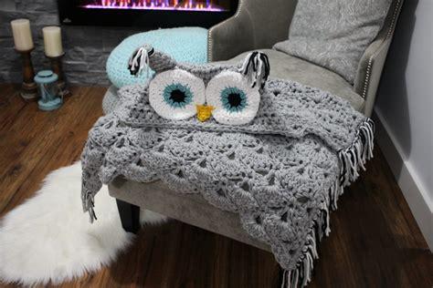 Crochet Owl Pattern Blanket by Viral Hooded Owl Blanket Mj S The Hook Designs