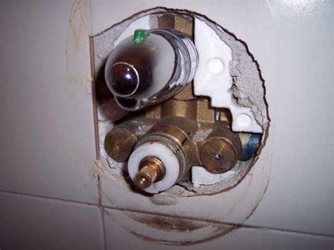 smontare miscelatore doccia aggiustatutto fai da te lavori in casa smontare